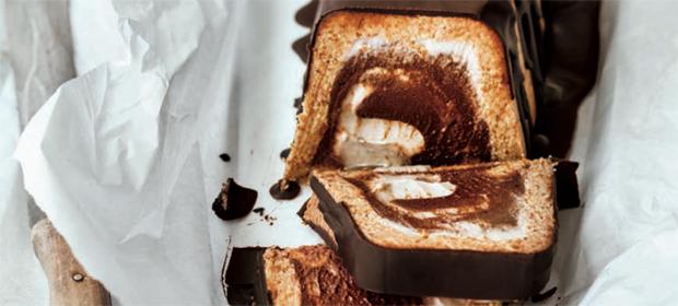 Veganer und roher Kuchen