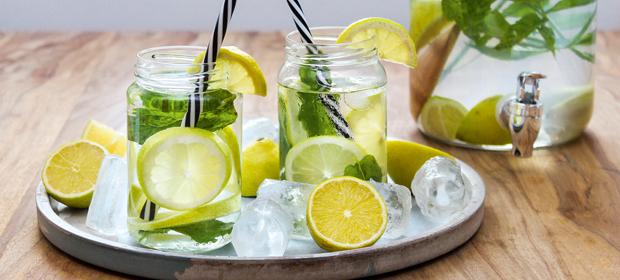 Gesunde Rezepte für Kinder: Zitronenlimo