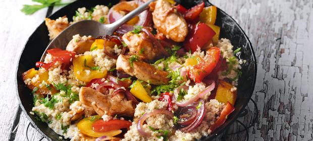 Quinoa-Paprika-Pfanne mit Hähnchen