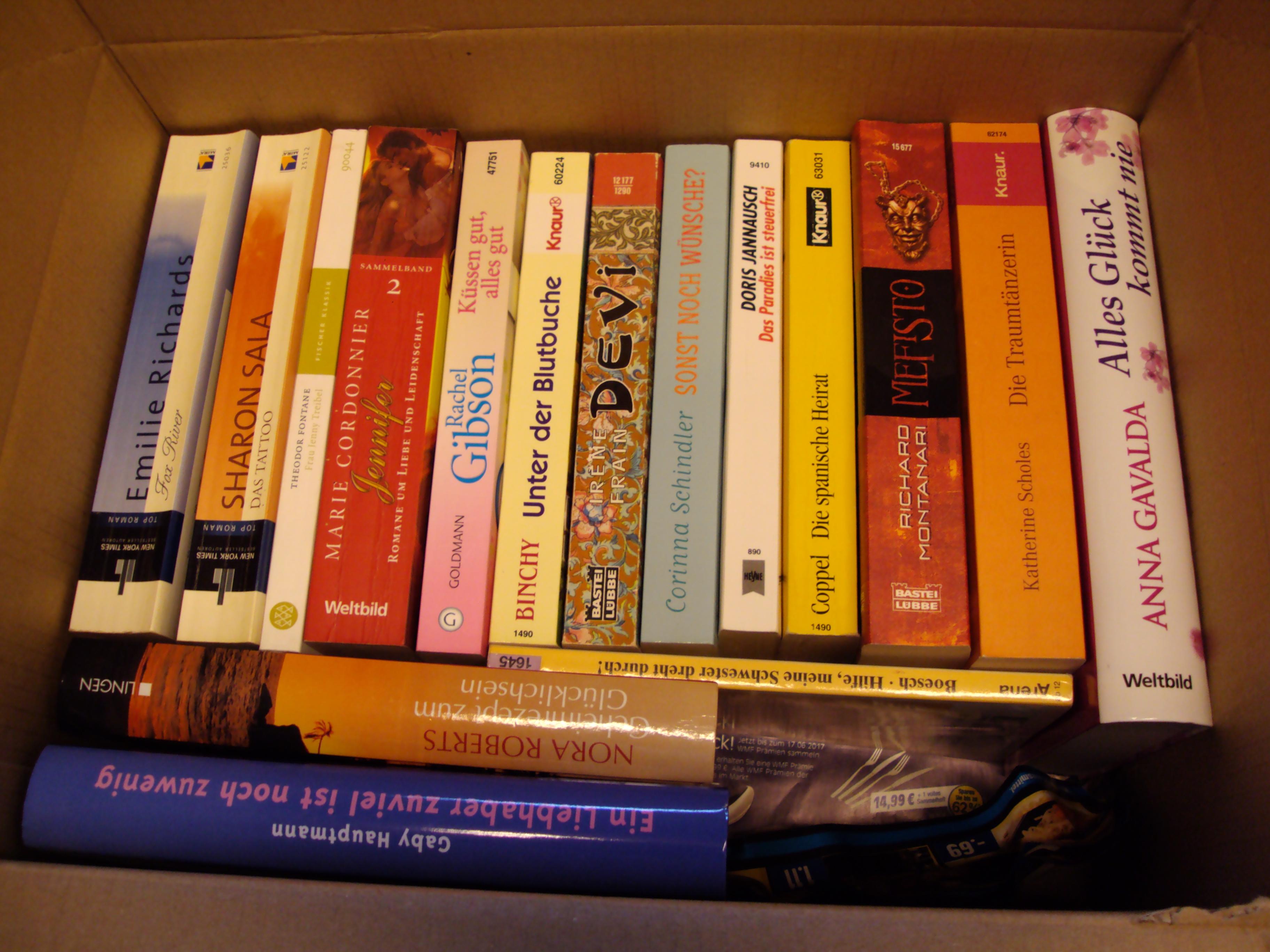 Auszug Aus Büchern Oder Stoffen frau fröhlich räumt auf gu
