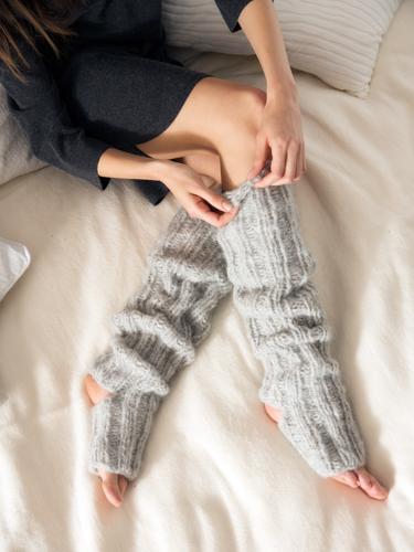 DIY-Projekt fürs Wochenende: Yoga-Socken stricken
