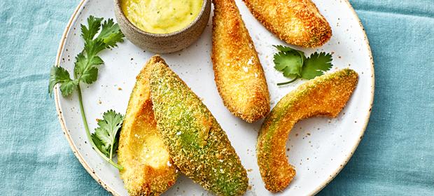 Avocado-Wedges mit Dip