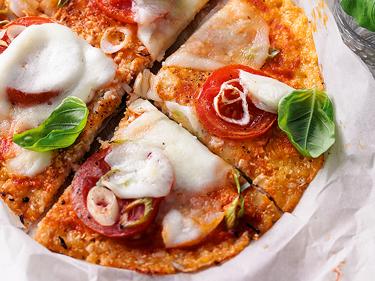 Blumenkohl-Pizza zum Abnehmen mit Almased