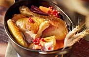Bauernmarkt und Biokiste - Ernte-Dank-Huhn mit Kürbisfüllung