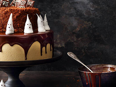 Halloween-torte-Hexenspass