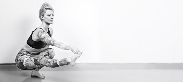 Yoga-Übung: Pistol Squat