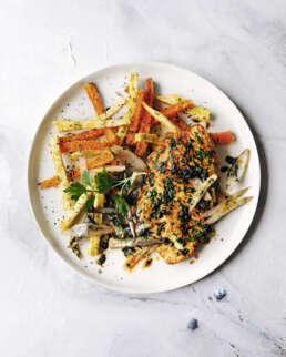Kräuterschnitzel mit Gemüsepommes