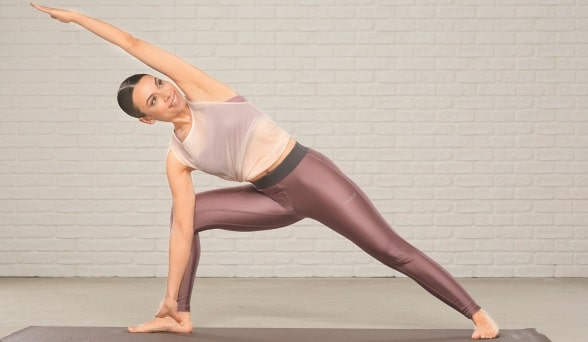 Amiena Zylla beim Yoga
