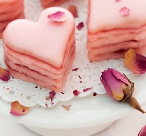 Erdbeer-Petit-Fours