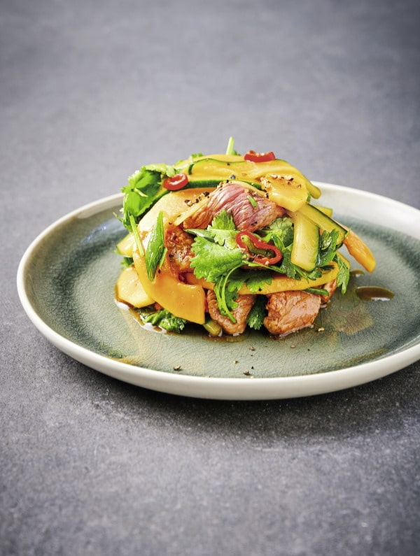 Rindfleisch-Papaya-Salat