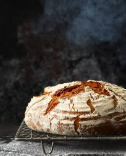 Brot dampft aus