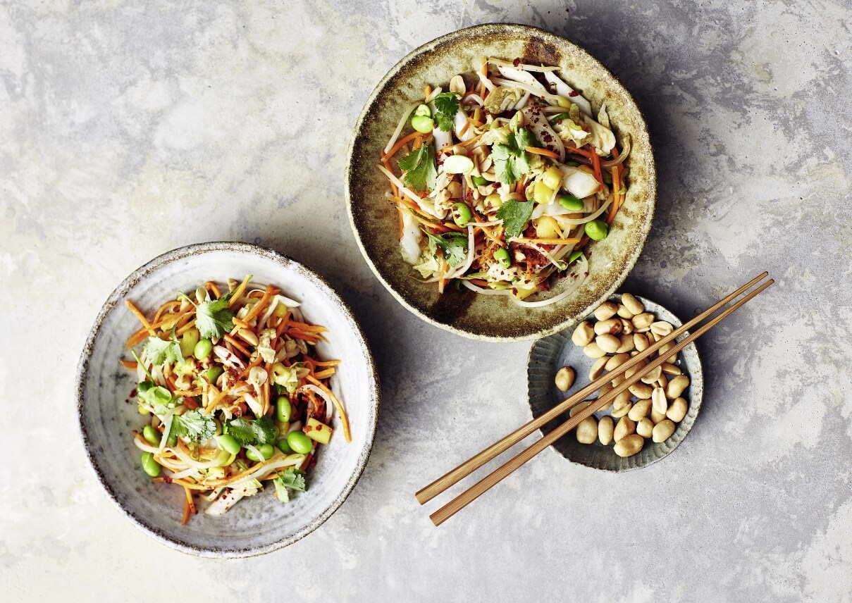 Asiatischer Salat Edamame