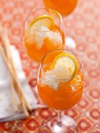 Aperol Sprizz mit Zitronen-Granité